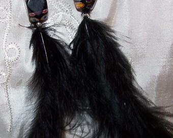 Earrings black feathers