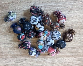 fabric beads different colors