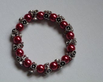 BRACELET RED SYNTHETIC BEADS AND METAL BEADS