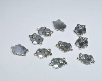 BR913 - Set of 10 silver metal pig charms