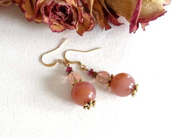 In old pink Crystal and antique gold metal bronze earrings