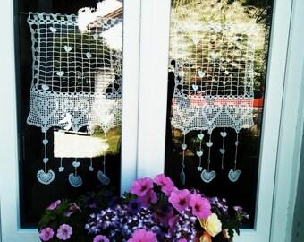 curtains crochet hearts