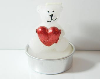 White bear red heart candle