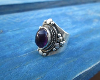 Bill silver ring with Amethyst