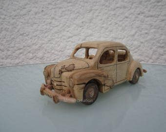 Wooden miniature of a Renault 4cv Elm 1/24 scale.