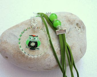 Green OWL necklace with resin and beads