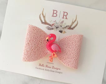 Pink flamingo hair bow