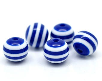 10mm - 20 beads in blue and white