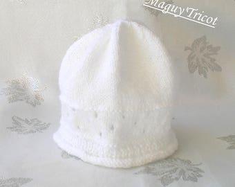 Thier white newborn to 3 months baby bonnet