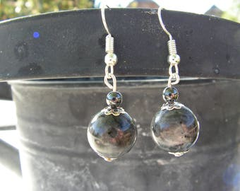 Fancy grey and black iridescent beads and pearls earrings