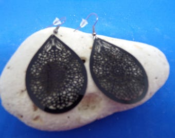 Earrings with black prints