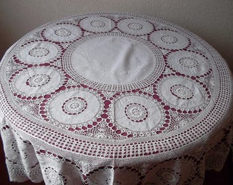 Beautiful round tablecloth crochet and embroidered cabochons