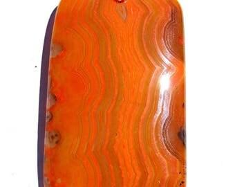 Pendentif agate strié de 56x32 mm pierre rectangle orange et bélière argenté de 19 mm.