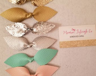 Hand tied knot bows