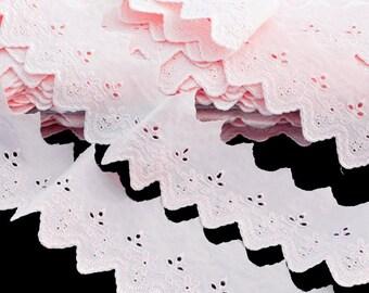 Eyelet scalloped pink cotton pale 5 cm x 3 meter