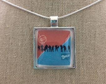 Tf2 pendant necklace.Team fortress 2 pendant necklace .tf2 ref/blue team necklace. Tf2 jewelry.Tf2 squad goals