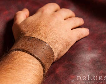 stainless steel rivetsstainless steel rivetsLeather Bracelet ,stainless rivets,deluxe leather bracelet,100% cow leather
