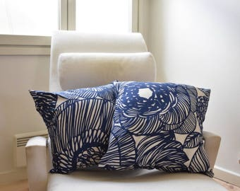 "New Handmade Marimekko Kurjenpolvi Blue and White pillow case, cushion cover 18"" 45 cm, Design Finland"