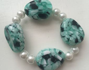 Blue and white oval bead bracelet