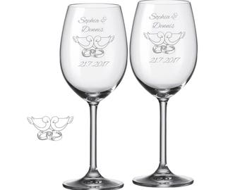 "2 Leonardo wine glasses with personalized engraving ""pigeons + rings"" bride/Groom with name and date engraved wedding gift"