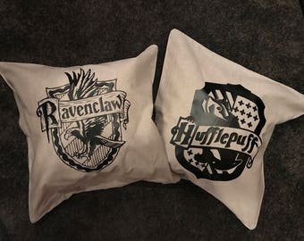 Personalized set of harry potter pillows,hufflepuff, hogwarts houses,18x18pillow,anniversary, ravenclaw, hufflepuff, Gryffindor, Slytherin.