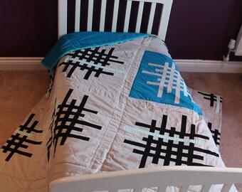 Escape artist large quilt