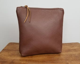 Ashley Makeup Bag ~ Brown Leather Makeup Bag ~ Leather Cosmetic Bag ~ Zipper Pouch ~ Ready to Ship