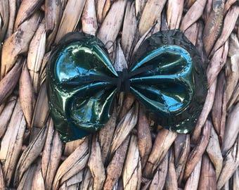 Green patent leather hair bow, baby nylon headband, alligator clip