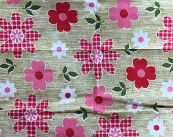 """Vintage Pink White and Gingham Flower Power Fabric 2 Yards by 43"""""""