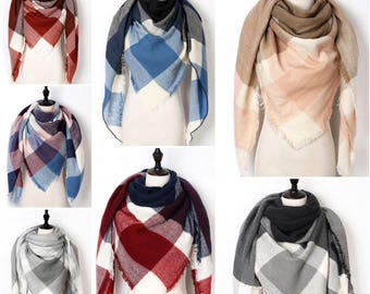 Triangle scarf, triangle shall, blanket scarf, spring trend