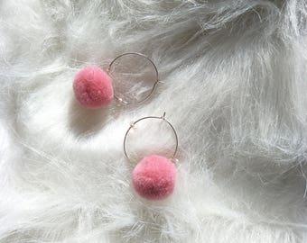 Pompon earrings