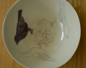 Bowl with puprle birds