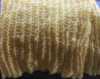 Crochet baby afghan - yellow - Team Paws-Chicago