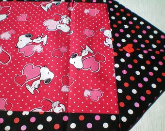Snoopy Valentine's Day Table Runner