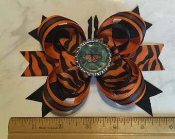Monarch Butterfly Hair Bow, Butterfly Hair Accessory, Custom Hair Bow, Personalized Hair Bow, Photo Hair Bow, Personalized Hair Accessory