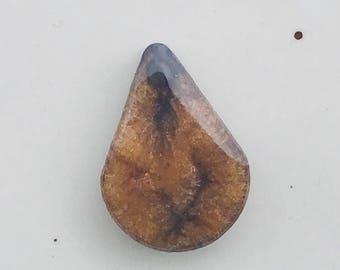 Resin Necklace Pendant, Metallic