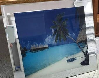 Lighted tropical photo mirror frame. Works, but makes noise. 18X16X3