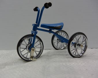 Die Cast Metal Model Tricycle