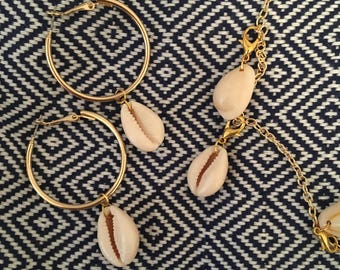 NOW ! Sea Shell Gold Hoop Earrings Summer Blogger Fashion Jewelry US Handmade