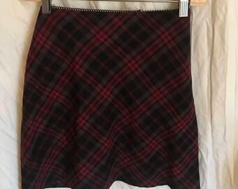 Minimal plaid mini skirt.