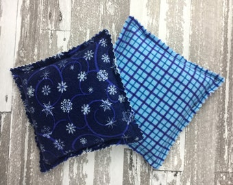 """Kozy Komfort """"Moscato"""" Style Rice Heating Pad, Hand Warmer, Ice and Hot Pack, Snowflake and Plaid Pattern"""
