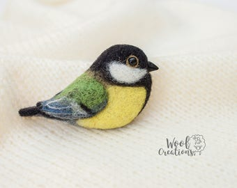 Needle felted brooch tit. Needle felted.  Wool bird. Bird pin. Felt brooch. Felted bird. Bird brooch. Felt titmouse. Titmouse brooch.
