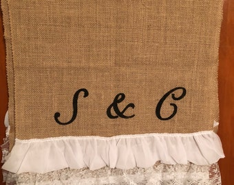 Burlap table runner with ruffles