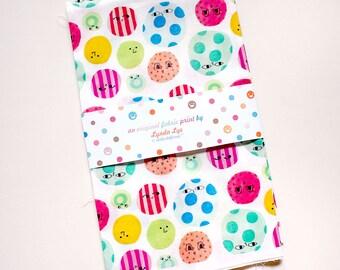 Dots FAT QUARTER fabric, Polka Dots fabric, Round shapes print fabric, Circles print, Faces print, quilting fabric, digital fabric print
