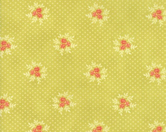 Ella and Ollie - Posies in Apple Green: sku 20307-15 cotton quilting fabric by Fig Tree and Co. for Moda Fabrics