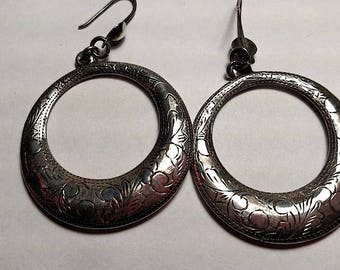 Large Vintage Estate Silver Engraved Front Drop Hoop Ring Circle Pierced Earrings Tribal Boho Jewelry