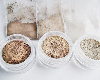 Natural Mineral  Matte Contour Color Trio - Trial Size kit with an extra jar.