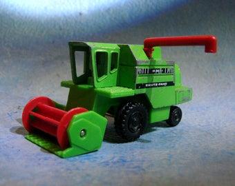 Vintage Ombine Tractor DieCast Siku