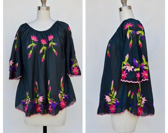 embroidered hippie peasant top / large
