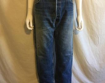 Closing Shop 40%off SALE 501s jeans, 501 button up levi waist W 35